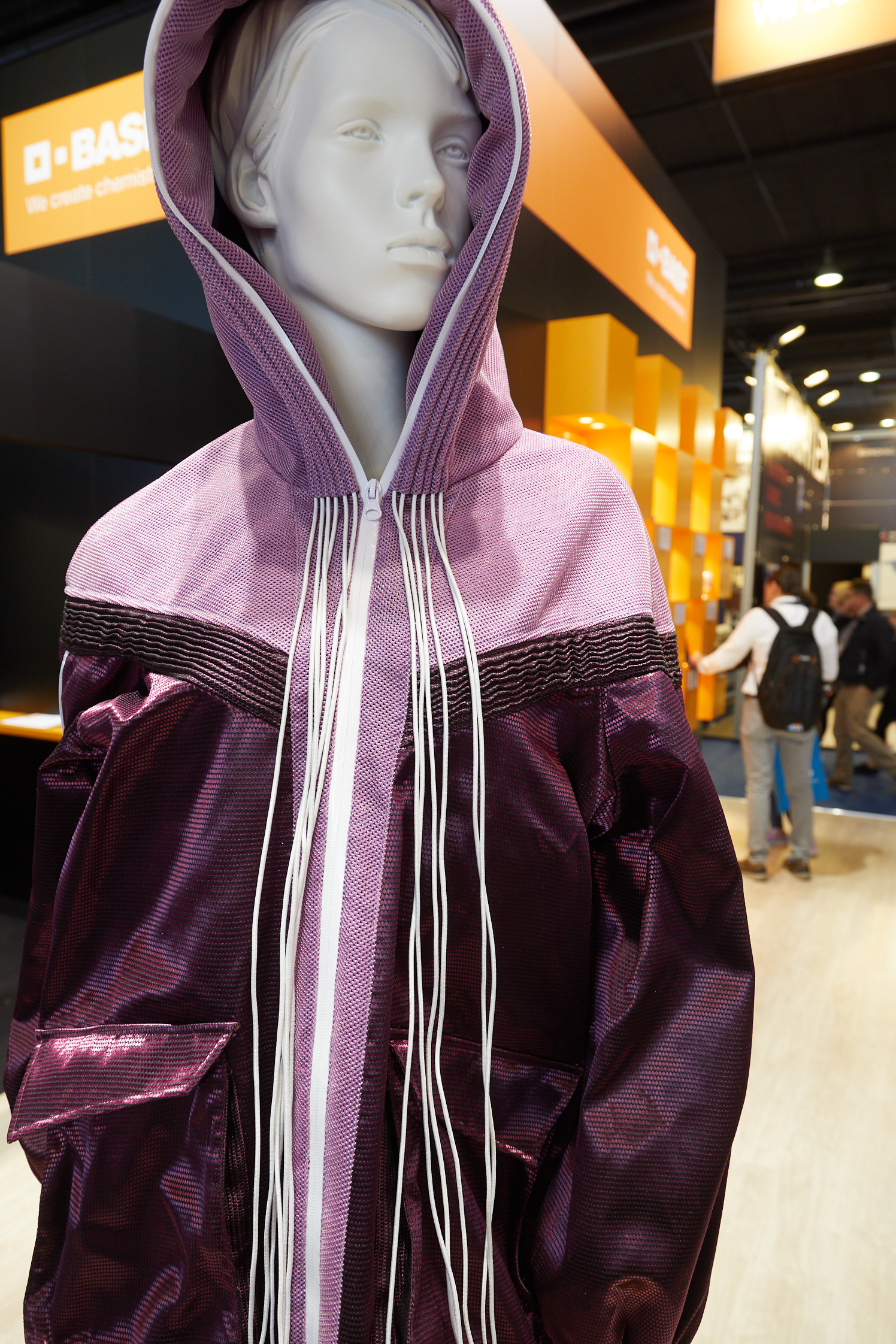 Clothtech: Metallic Fabric made with Elastollan (TPU)